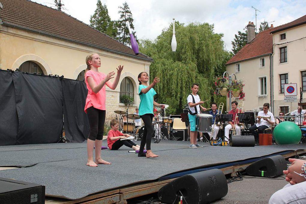 2015-06-14 Tambourinis 2015 : Dimanche après-midi à Is-sur-Tille