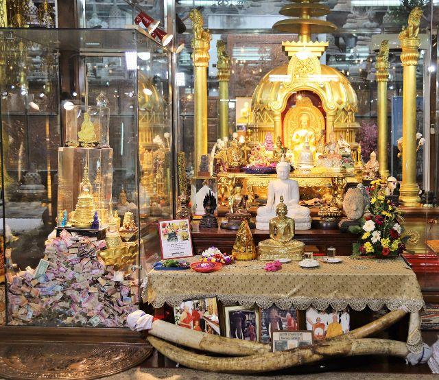 Temple bouddhique Gangaramaya Colombo Sri Lanka