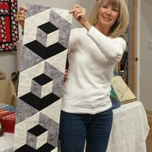3D Hexagon Table Runner Using Easy Y Seams Supply List Class has closed. Thank You! See Class photos at the bottom of the blog. ...