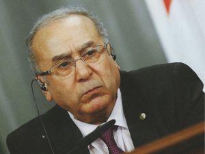 Tayeb Belaiz, ministre de l'Intérieur, Ramtane Lamamra, ministre des Affaires étrangères