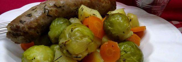 Choux de Bruxelles et légumes à la saucisse de Toulouse