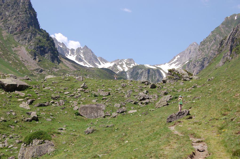 Hautes pyrénées  A deux pas de l'Espagne et jouxtant le département des Pyrénées-Atlantiques, les vallées des Hautes-Pyrénées ne manquent ni de charme ni de personnalité.