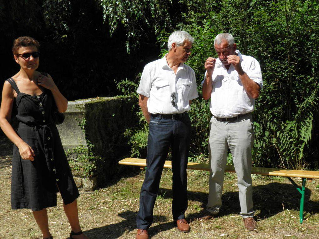 Photos de la journée du 21 juillet 2013 à La Sauvagère et de l'oeuvre et des jardins de l'artiste Pierre Honoré.