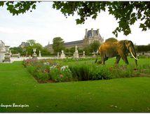 Du lourd au Louvre...