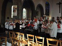 """Chorales invitées: Chorale de la fagne et des enseignants de SAINS DU NORD, Ensemble vocal """"VIVA VOCE"""" de MAROILLES, Chorale """" QUERCIGALE""""de le QUESNOY"""
