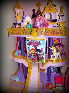 {resultat} On fête l'anniversaire de Lola avec les Equestria Girls {concours}