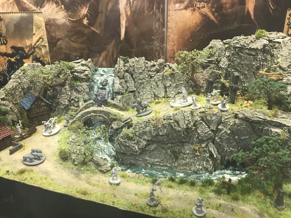 Jeanne D'Arc et Mythic battle ; Test of Samourai chez Warlord ; beaucoup de jeux à thèmes