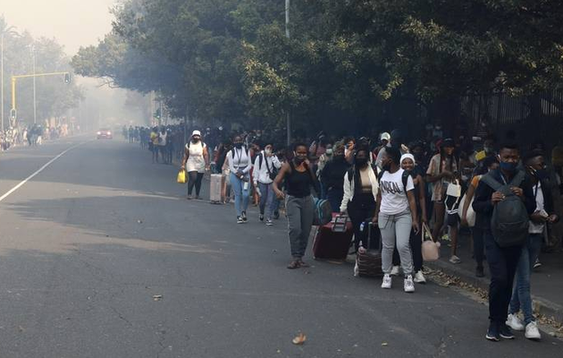 Cape Town wildfire forces evacuation of students