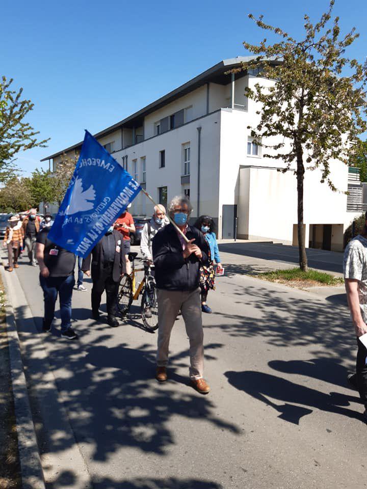 Défense des droits des migrants - Manifestation devant le centre de rétention de Rennes le 24 avril