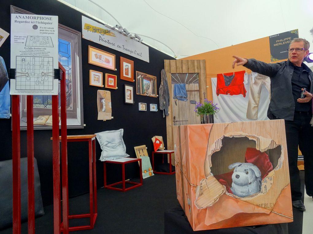 """Organisé et financé par la Région Centre, en partenariat avec les six Chambres de Métiers et de l'Artisanat,   """"Salon régional des métiers d'art"""" sur la thématique 2014 """"Elégance"""""""