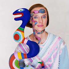 Cette femme fut sculptrice, les autres étaient peintres