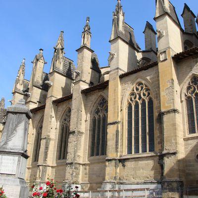 Saint-Antoine l'Abbaye,   2nde partie : l'église abbatiale,le Faubourg