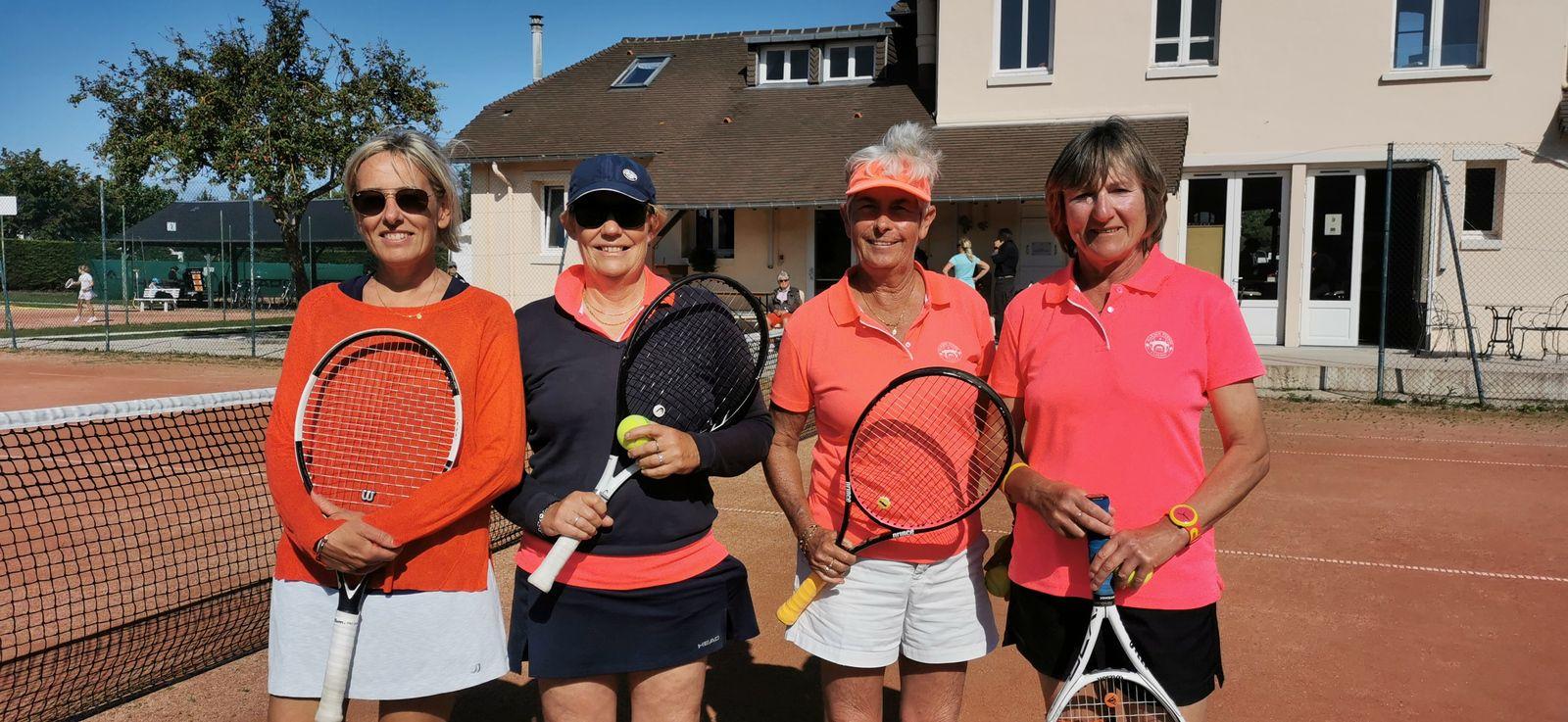 Double Nathalie Billouin/Véronique Hamerel Cabourg perd contre Catherine Rolland/Christiane Collet Cabourg