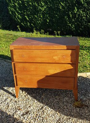 DIY : Do It Yourself : Restaurer une vieille commode - 1