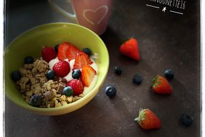 Bowl muesli fruits rouges