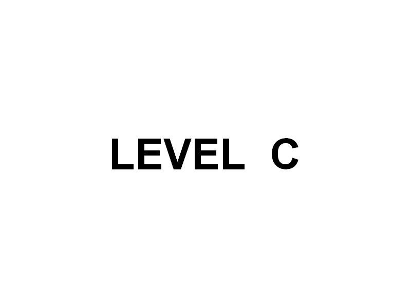 LEVEL C , a quai au carré du port de Toulon le 21 septembre 2015
