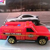 GMC RESCUE RANGER HOT WHEELS 1/64 AMBULANCE RANGER RIG EMERGENCY SQUAD - car-collector.net