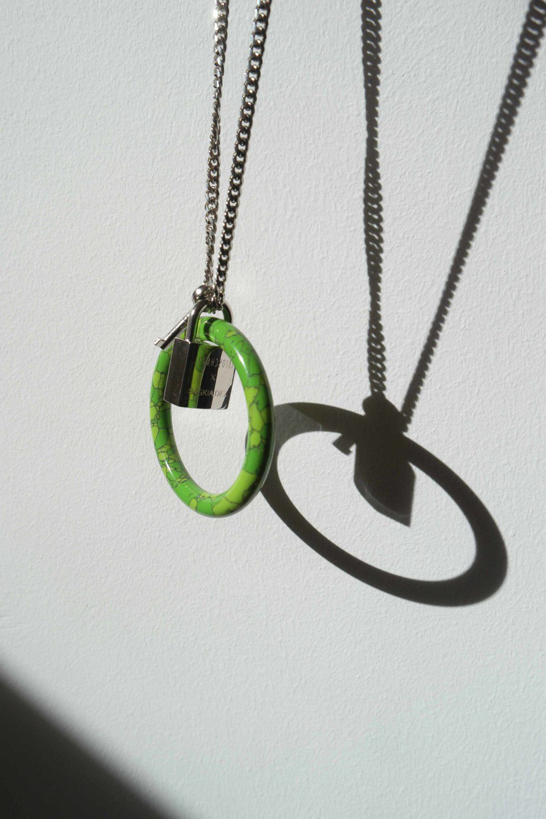 LAZOSCHMIDL CONTINUES THE JEWELLERY COLLABORATION WITH SASKIA DIEZ PRESENTING COCKRING NECKLACES IN RARE STONES