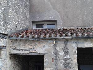 Des vieilles tuiles appelé tige de botte en Vendée  et qui malheureusement on fait leur temps, alors je découvre tout....