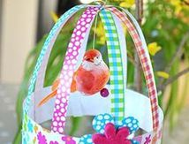 La cage à oiseaux en papier