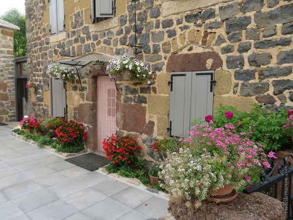 Le village est fleuri...