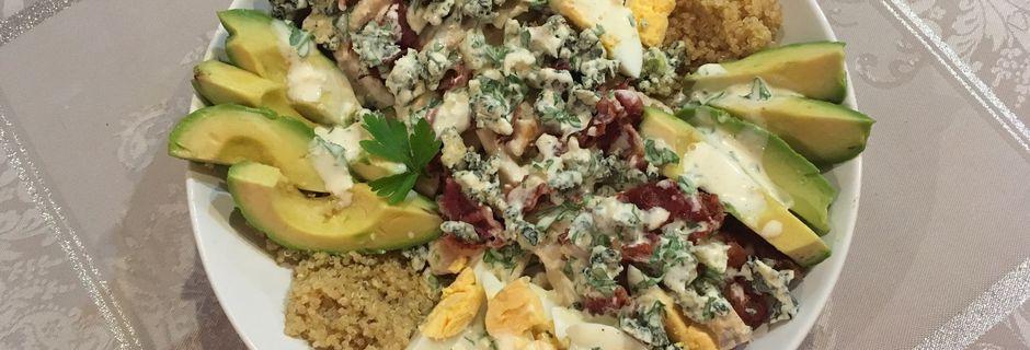 Salade de quinoa façon cobb