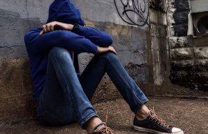 Tra gli adolescenti crescono i tentativi di suicidio