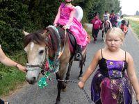 Stage equitation comines 7/8 ans du 16 au 20 juillet groupe de Vinciane