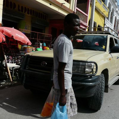 Voyage: à Cayes et Camp Perrin