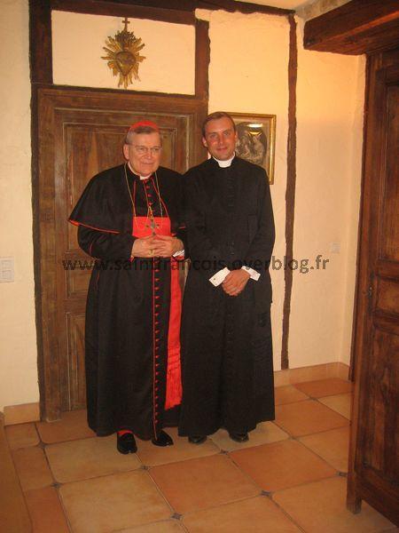 Photos de la venue de SER le Cardinal Raymond Leo Burke, Préfet du Tribunal Suprême de la Signature Apostolique, au pèlerinage de la Saint Louis à Rocamadour, le samedi 20 août 2011.