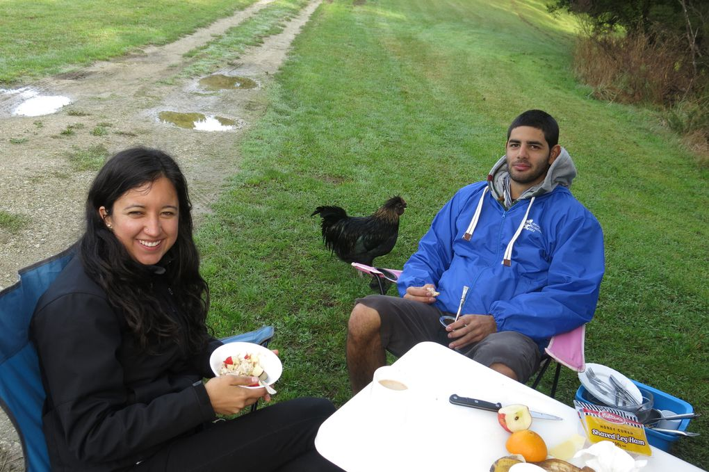 Breakfast time, with Adriana and Facundo, Torbens and Mao.