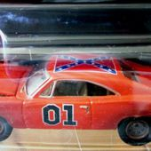 1969 DODGE CHARGER GENERAL LEE JOHNNY LIGHTNING 1/64 THE DUKES OF HAZZARD. - car-collector.net