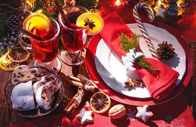 Bon appétit - Table de fêtes - Vin chaud - Oranges - Cannelle - Décorations - Noël - Wallpaper - Free