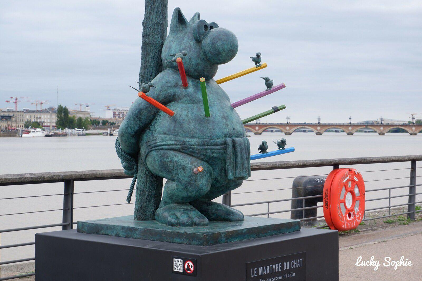 Les statues du Chat de Geluck à Bordeaux !