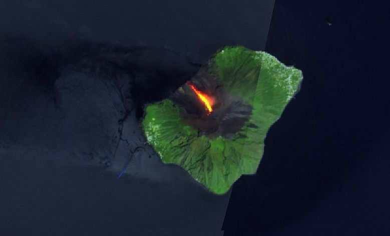 Stromboli - image Sentinel-2 bands 12,11,4 from 24.05.2021 - one click to enlarge
