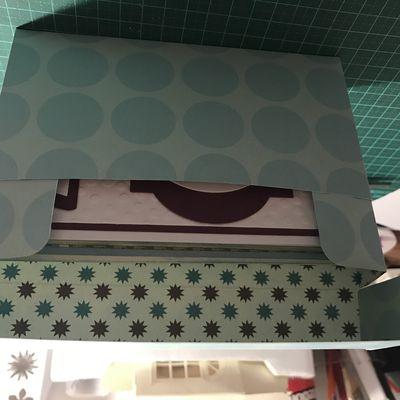 Une boite pour offrir des cartes ...