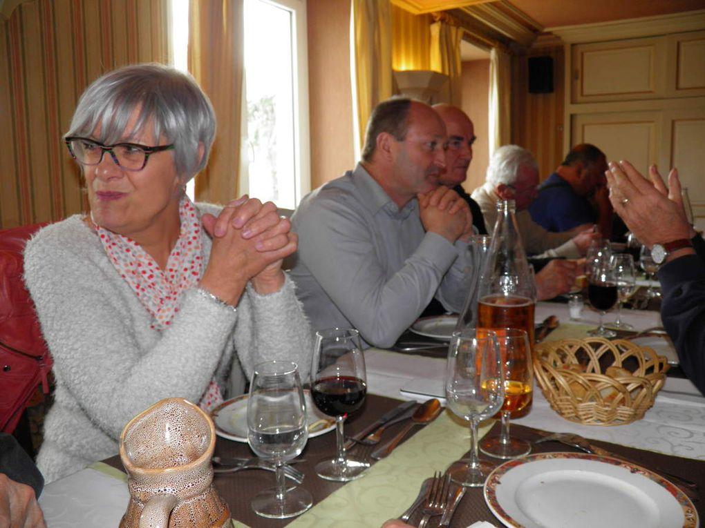 Quelques photos du repas au Normandie