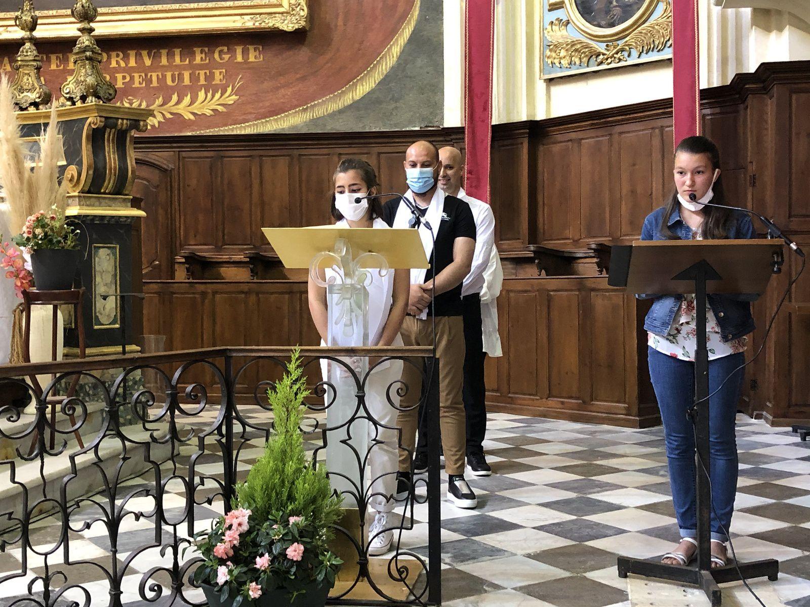 Ce matin, à La Madeleine, première Communion d'Eva, Eliot et Antonio