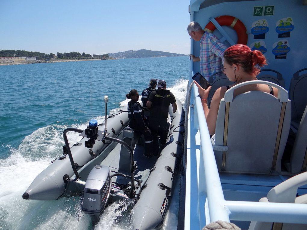 CNIGM 3 , zodiac de la gendarmerie maritime , en exercices en petite rade de Toulon le 27 juin 2018