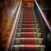 Défi n° 282 chez Evy : l'escalier