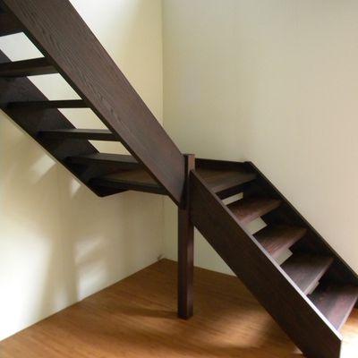 Escalier 1/4 tournant en frêne thermique - finition huilée
