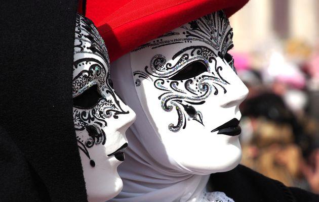 Bas les masques ! Le défi du signe du Cancer