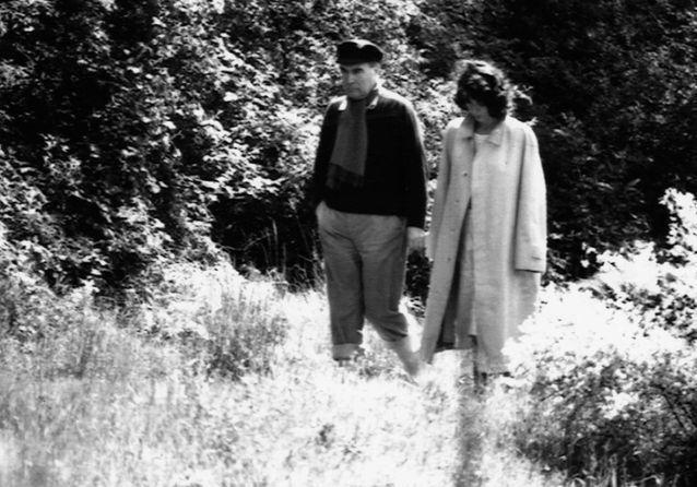 «Danielle GOUZE-MITTERRAND (1924-2011), une authentique socialiste, une Femme rebelle, souveraine et d'exception, une caution morale pour François MITTERRAND» par Amadou Bal BA - http://baamadou.over-blog.fr/