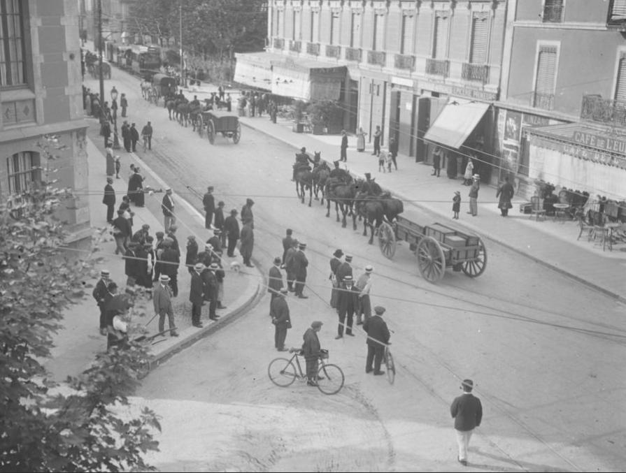 Départ des troupes boulevard Edouard Rey