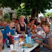 Castellet-Saint-Cassien – Val de Chalvagne : Pique-nique des membres de l'association Valentin Hauy
