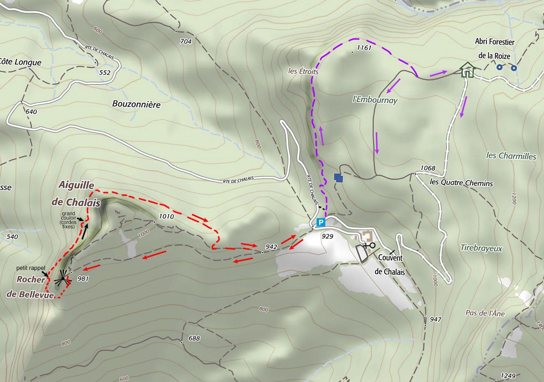 La vire de Chalais est en rouge. En violet, la prolongation par la crête de l'Embournay.