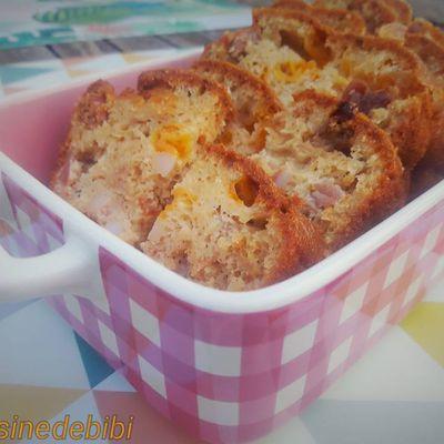 Cake tomates séchées, mimolette, lardons