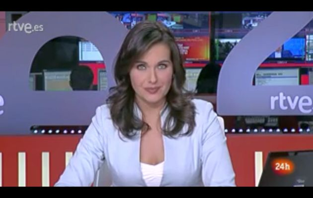 [2012 06 15] RAQUEL MARTINEZ - CANAL 24H - TELEDIARIO @06H20