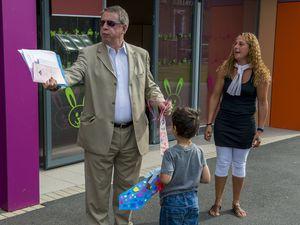 Visite de Mr. Dominique Baert aux Centres (25/07/2014)