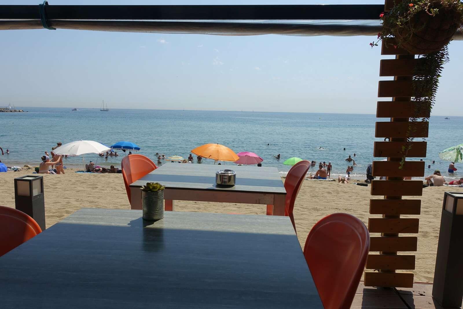 """Le"""" W Barcelona"""" hôtel avec son architecture en forme de voile L'oeuvre de l'architecte Ricardo Bofill"""